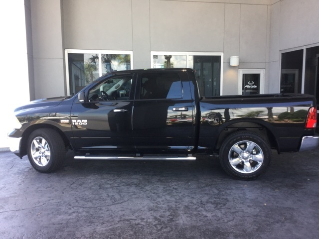 2017 Ram 1500 Crew Cab Pickup #H0555 - photo 3