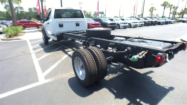 2018 Ram 5500 Regular Cab DRW 4x4,  Cab Chassis #J0049 - photo 6