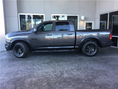 2018 Ram 1500 Crew Cab 4x4 Pickup #J0122 - photo 3