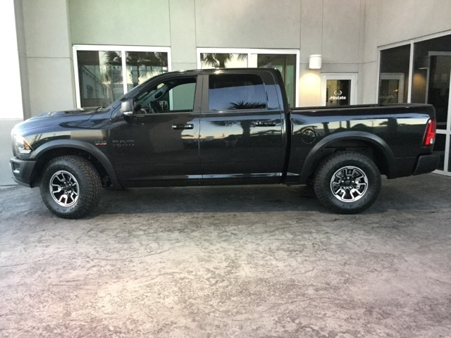 2018 Ram 1500 Crew Cab 4x4 Pickup #J0129 - photo 3