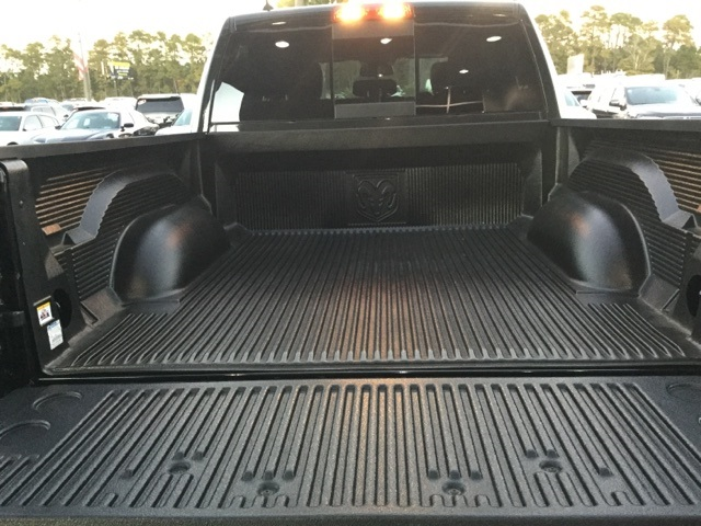 2018 Ram 1500 Crew Cab 4x4 Pickup #J0129 - photo 35