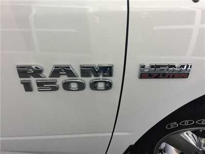 2018 Ram 1500 Crew Cab Pickup #J0137 - photo 10