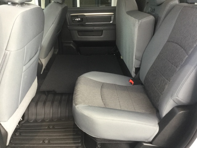 2018 Ram 1500 Crew Cab 4x2,  Pickup #J0266 - photo 37