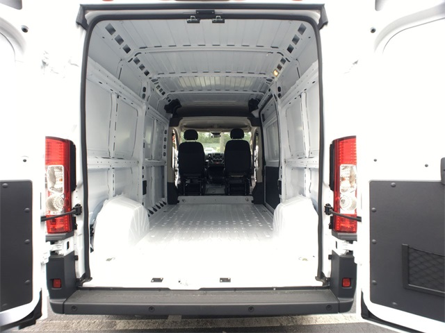 2018 ProMaster 1500 High Roof,  Empty Cargo Van #J0310 - photo 2