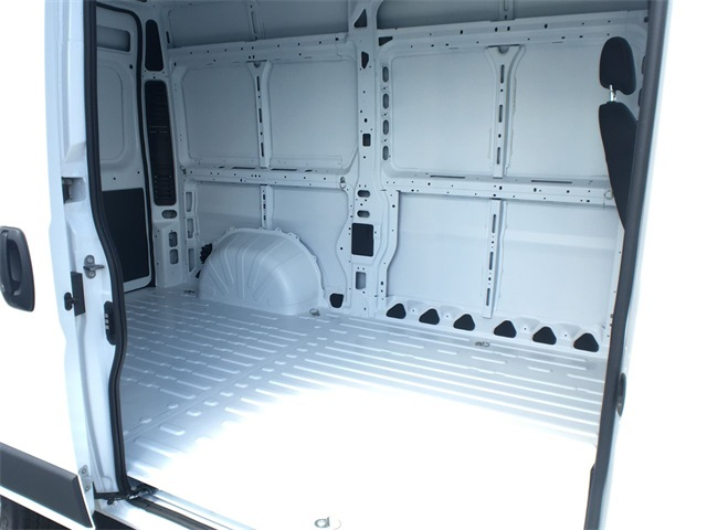 2018 ProMaster 2500 High Roof,  Empty Cargo Van #J0348 - photo 21