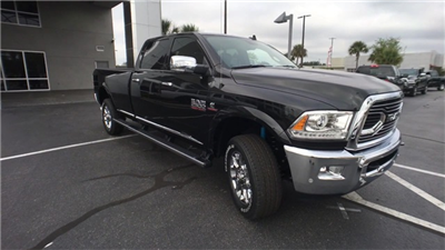 2018 Ram 2500 Crew Cab 4x4, Pickup #J0410 - photo 3
