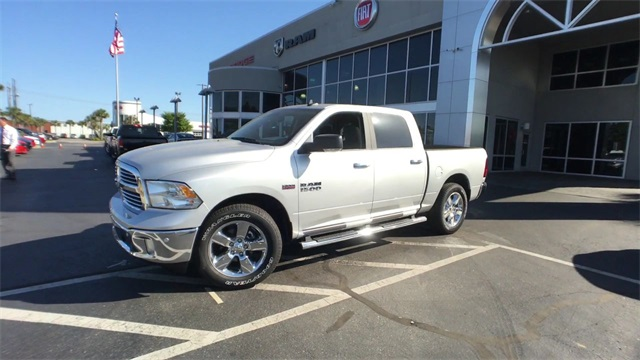 2018 Ram 1500 Crew Cab, Pickup #J0414 - photo 3
