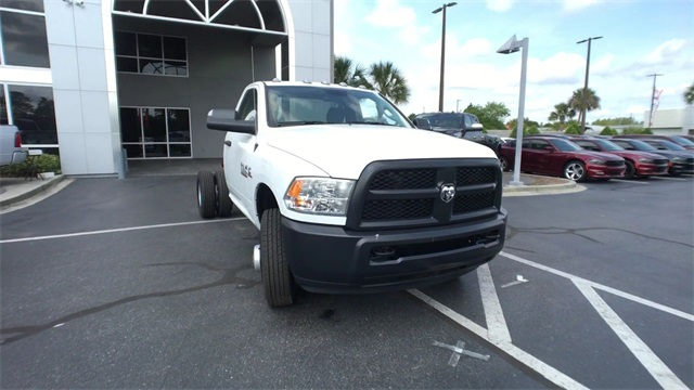 2018 Ram 3500 Regular Cab DRW,  Cab Chassis #J0425 - photo 3