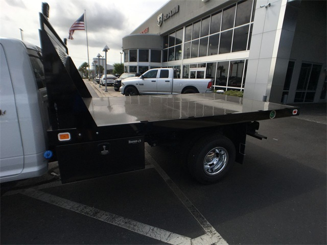 2018 Ram 3500 Regular Cab DRW 4x4,  Knapheide Platform Body #J0477 - photo 20