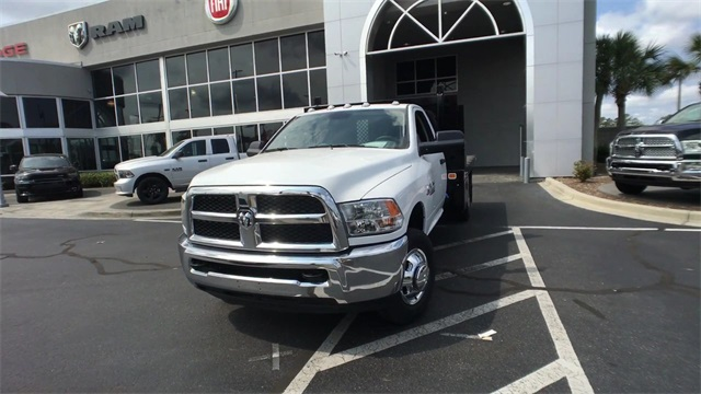 2018 Ram 3500 Regular Cab DRW 4x4,  Knapheide Platform Body #J0477 - photo 4