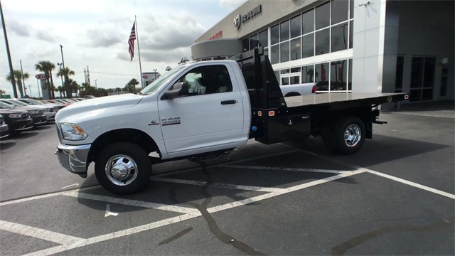 2018 Ram 3500 Regular Cab DRW 4x4,  Knapheide Platform Body #J0477 - photo 5