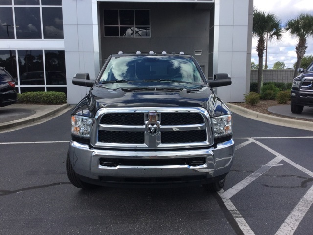 2018 Ram 3500 Crew Cab DRW 4x4,  Pickup #J0627 - photo 5