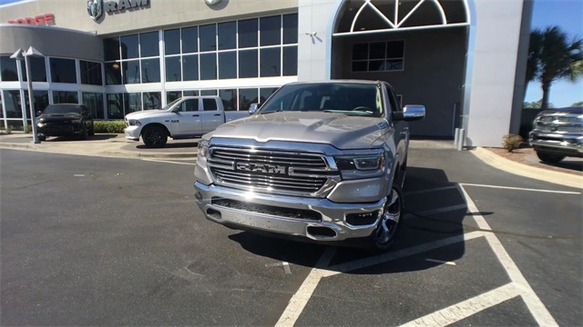 2019 Ram 1500 Crew Cab 4x4, Pickup #K0010 - photo 4