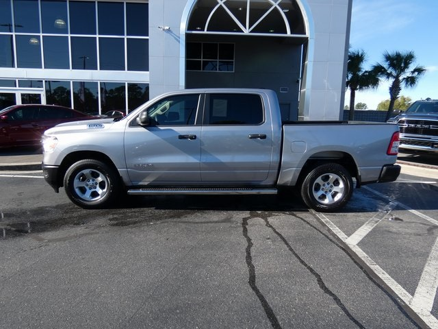 2019 Ram 1500 Crew Cab 4x2,  Pickup #K0024 - photo 3