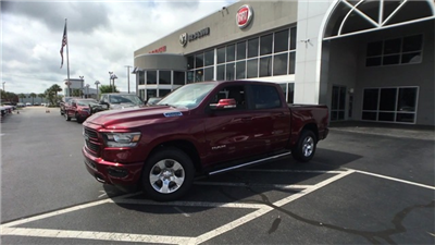 2019 Ram 1500 Crew Cab 4x2,  Pickup #K0026 - photo 4