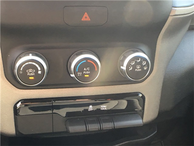 2019 Ram 1500 Crew Cab 4x2,  Pickup #K0032 - photo 19