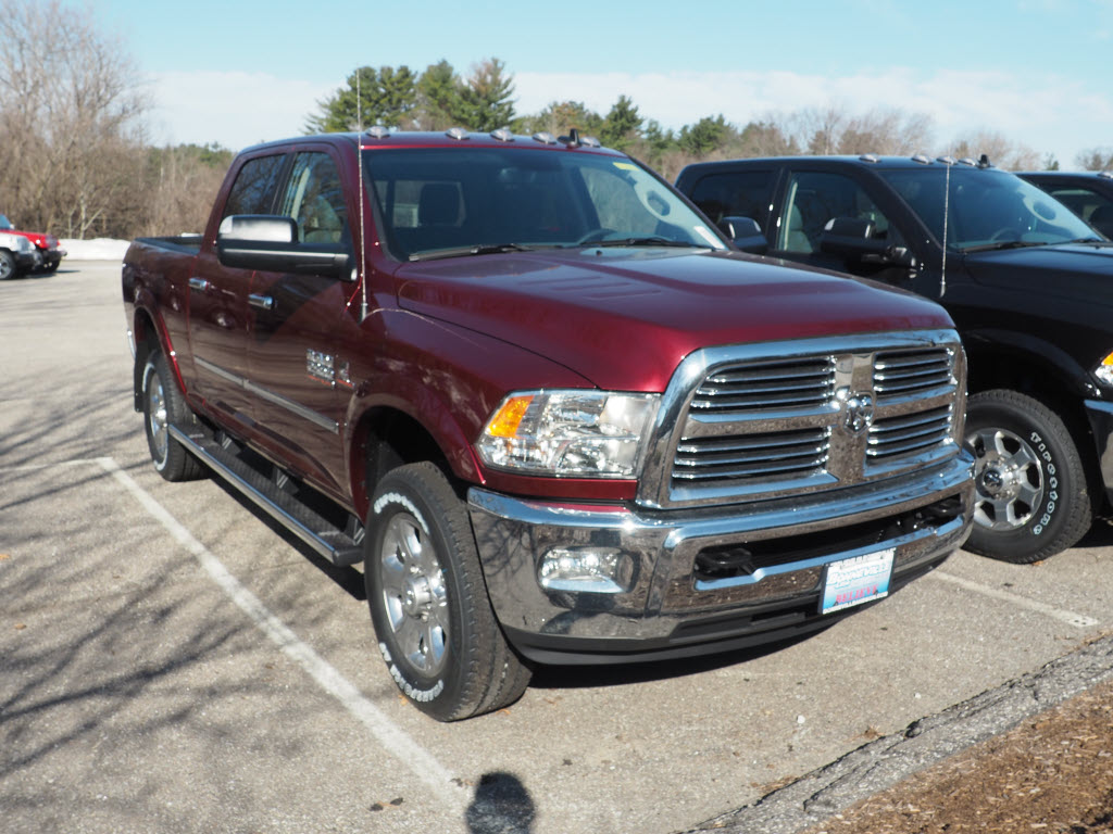 2017 Ram 2500 Crew Cab 4x4 Pickup #M52574 - photo 3