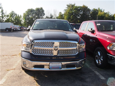 2017 Ram 1500 Crew Cab 4x4 Pickup #M53510 - photo 2