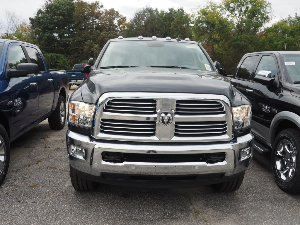 2018 Ram 2500 Crew Cab 4x4 Pickup #M53629 - photo 3