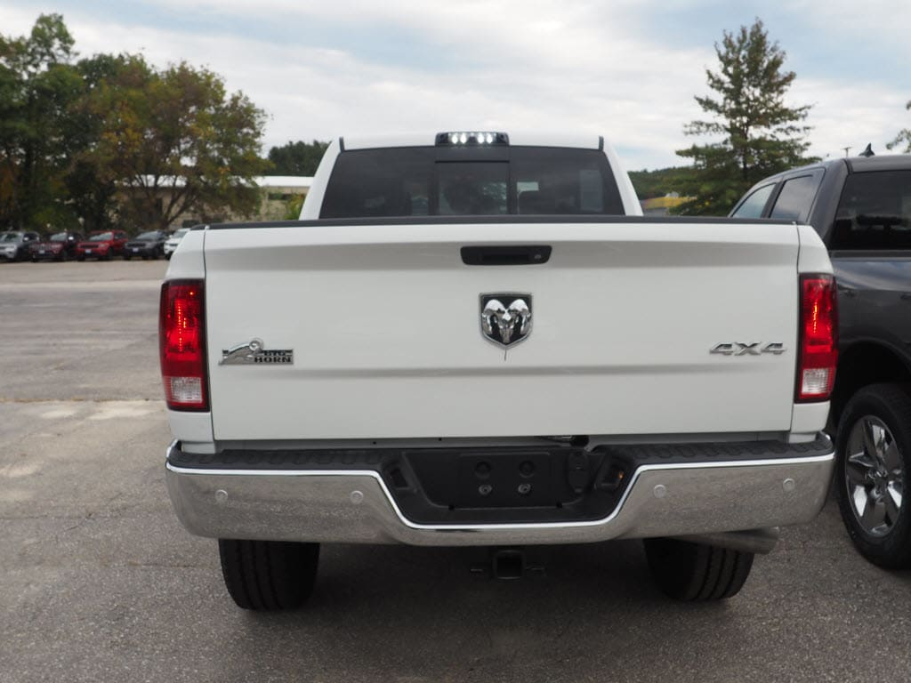 2018 Ram 2500 Crew Cab 4x4 Pickup #M53634 - photo 4