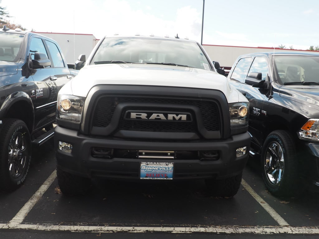 2018 Ram 2500 Crew Cab 4x4 Pickup #M53642 - photo 3