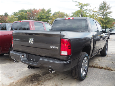 2018 Ram 1500 Crew Cab 4x4 Pickup #M53650 - photo 2