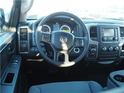 2018 Ram 1500 Crew Cab 4x4 Pickup #M53940 - photo 6