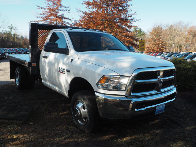 2016 Ram 3500 Regular Cab DRW 4x4, Platform Body #MM52112 - photo 3