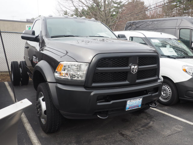 2017 Ram 5500 Regular Cab DRW 4x4, Cab Chassis #MM52403 - photo 4