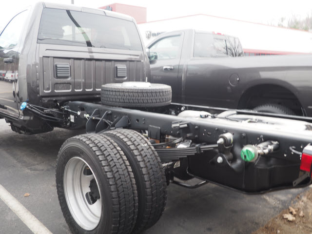 2017 Ram 5500 Regular Cab DRW 4x4, Cab Chassis #MM52403 - photo 2