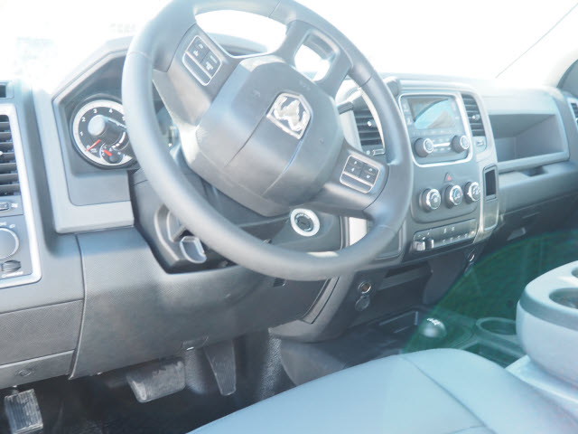 2017 Ram 3500 Regular Cab DRW 4x4, Cab Chassis #MM52438 - photo 6