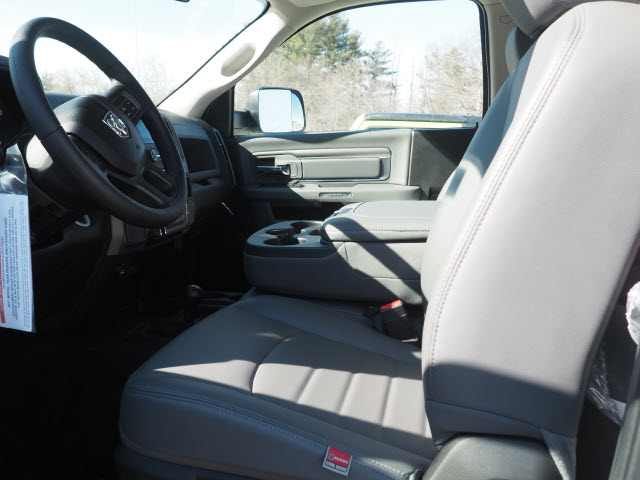 2017 Ram 5500 Regular Cab DRW 4x4, Cab Chassis #MM52443 - photo 2