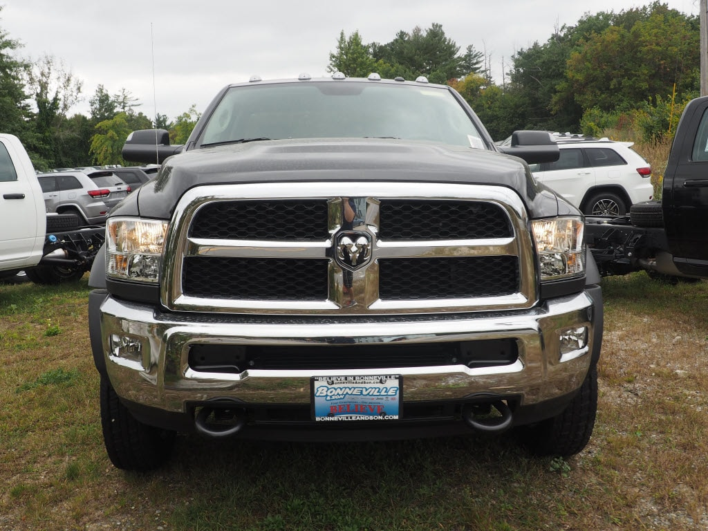 2018 Ram 5500 Regular Cab DRW 4x4 Cab Chassis #MM53480 - photo 3