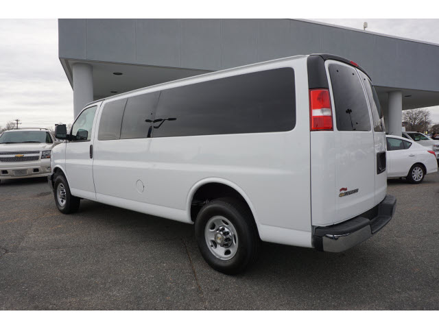 2015 Express 3500 4x2,  Passenger Wagon #DT5458 - photo 5