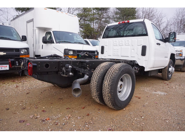2015 Silverado 3500 Regular Cab DRW 4x2,  Cab Chassis #TR52836 - photo 2