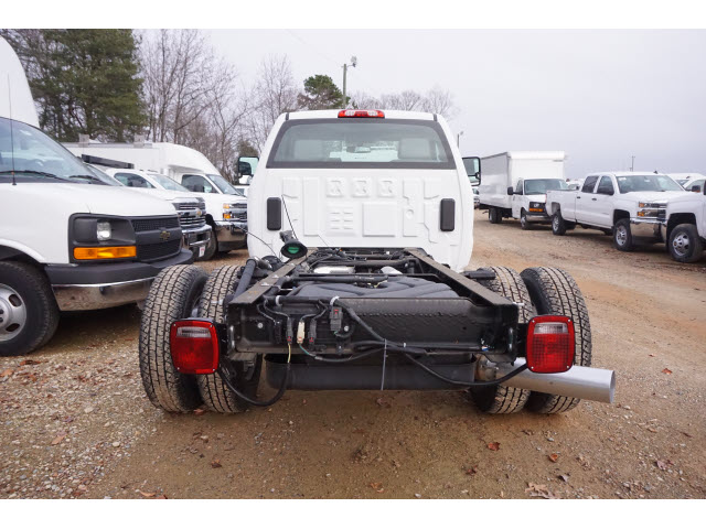 2015 Silverado 3500 Regular Cab DRW 4x2,  Cab Chassis #TR52836 - photo 4