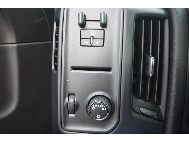 2016 Chevrolet Silverado 3500 Regular Cab 4x4, Cab Chassis #TR61484 - photo 13
