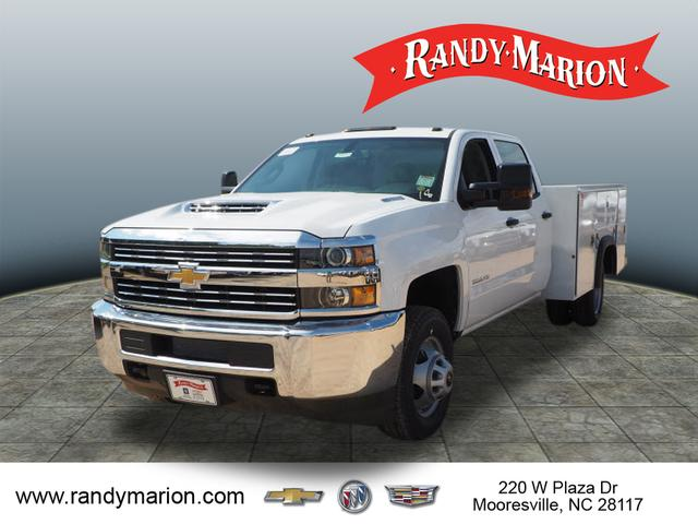 2018 Silverado 3500 Crew Cab DRW 4x2,  Reading Service Body #TR70352 - photo 4