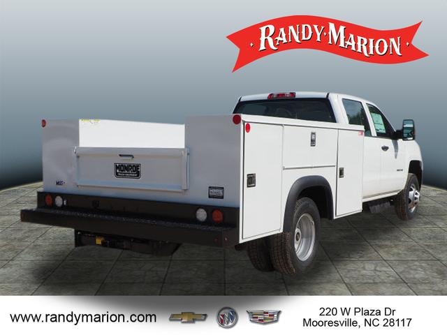 2018 Silverado 3500 Crew Cab DRW 4x2,  Reading Service Body #TR70352 - photo 2