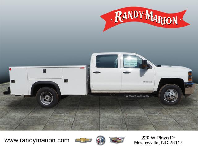 2018 Silverado 3500 Crew Cab DRW 4x2,  Reading Service Body #TR70352 - photo 7