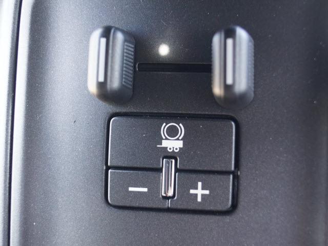 2019 Silverado 3500 Regular Cab DRW 4x4,  Knapheide Value-Master X Platform Body #TR70481 - photo 19