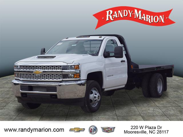 2019 Silverado 3500 Regular Cab DRW 4x4,  CM Truck Beds Platform Body #TR71078 - photo 4
