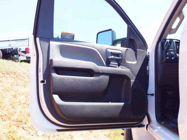 2019 Chevrolet Silverado 5500 Regular Cab DRW 4x2, Cab Chassis #TR74728 - photo 11