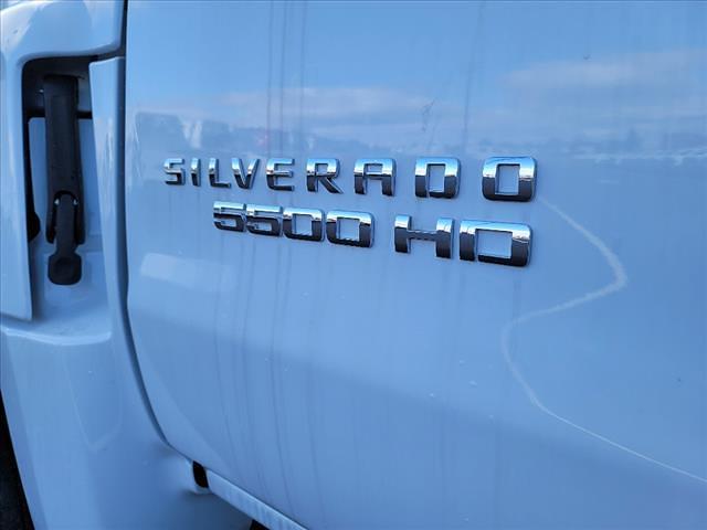 2019 Chevrolet Silverado 5500 Regular Cab DRW 4x2, Reading Panel Service Body #TR75344 - photo 12