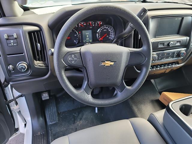 2019 Chevrolet Silverado 5500 Regular Cab DRW 4x2, Reading Panel Service Body #TR75344 - photo 15