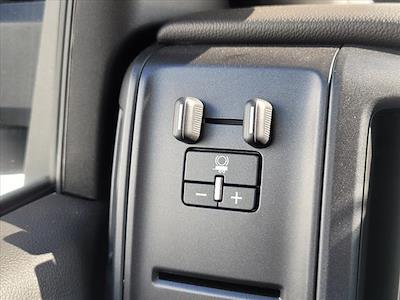 2019 Chevrolet Silverado 5500 Regular Cab DRW 4x2, Reading Panel Service Body #TR75344 - photo 18