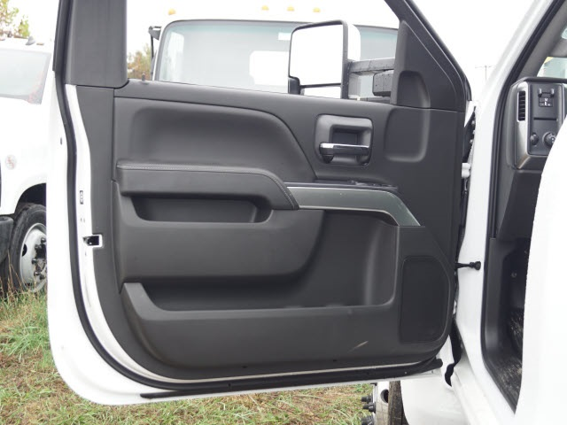 2019 Chevrolet Silverado 6500 Regular Cab DRW 4x2, Cab Chassis #TR75356 - photo 13