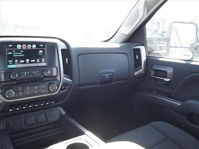 2019 Chevrolet Silverado 4500 Crew Cab DRW 4x2, CM Truck Beds Platform Body #TR75776 - photo 18