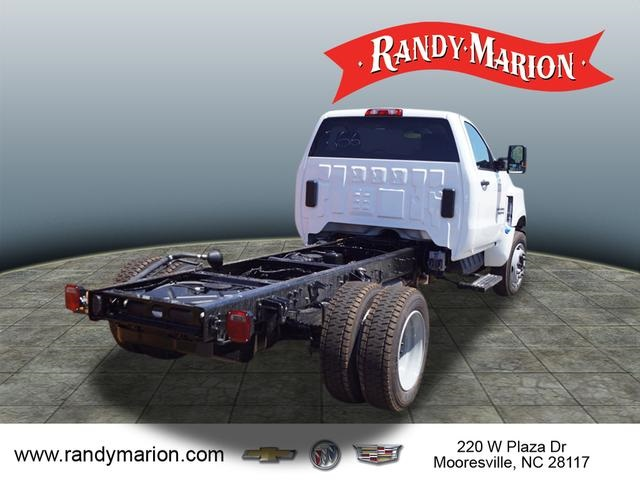 2019 Chevrolet Silverado 5500 Regular Cab DRW 4x2, Cab Chassis #TR75783 - photo 1