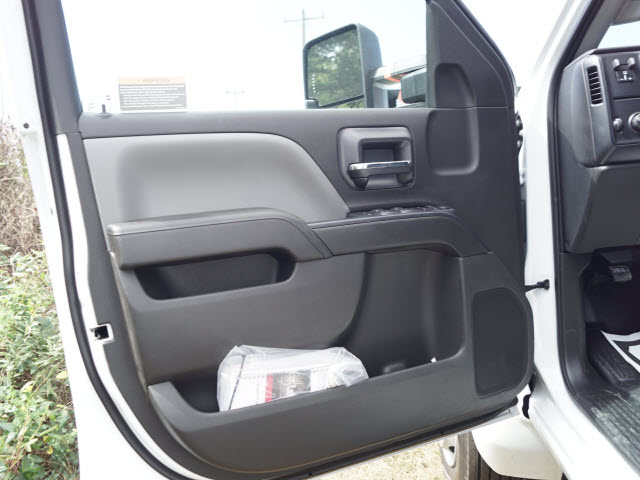 2019 Silverado 5500 Crew Cab DRW 4x2, Knapheide Value-Master X Platform Body #TR75944 - photo 14